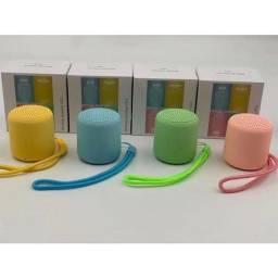 Caixinha via Bluetooth colorida $50 cada