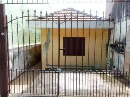 3 casas em um terreno de 125 m² Otima Localização - Px av Mateu Bei