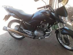 Vendo moto titan CG 150 Honda