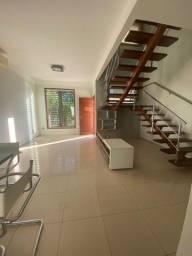 Linda casa para alugar ou vender em condomínio fechado, com excelente localização!