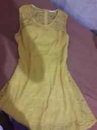 Vestido amarelo em grupo tam  G
