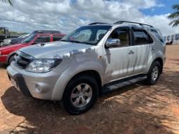 Toyota Hilux SW4 Diesel 3.0