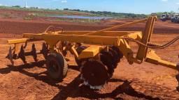 Grade aradora pesada Civemasa