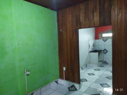Título do anúncio: Alugo casa na estação experimental