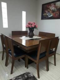 Mesa quadrada de madeira de 8 cadeiras com tampão acoplado giratório R$950,00