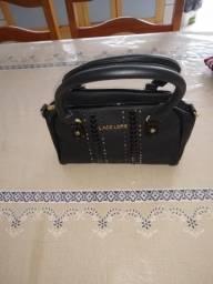 c44a17c24c3 Vendo bolsa Nunca usada