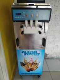 Máquina de sorvete expresso + estabilizador kebo wdr 5000va + batedor de milk shake