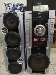 Mini System SONY modelo MHC-AG444S com 3 caixas de som