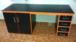 Mesa de Escritório de Madeira Pura com 4 Gavetas e 2 Portas Super Pesada