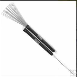 Título do anúncio: Baqueta Vassourinha Brush Tip Stk 0014 Nagano Ponta De Nylon
