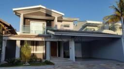 Sobrado com 4 Dormitórios, 4 Suítes (1 com hidro) Condomínio Jardim das Colinas