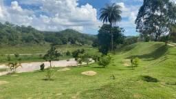 Fazenda de luxo com 32ha em Esmeraldas-MG
