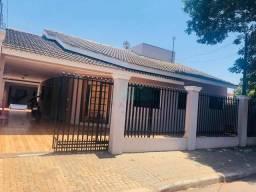 Título do anúncio: Casa com 5 dormitórios à venda, 254 m² por R$ 480.000,00 - Jardim Dona Fátima Osman - Foz