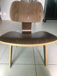 Cadeira Eames LVW