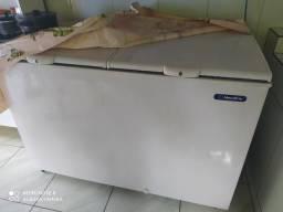 Vende-se freezer duas portas metalfrio