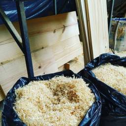 Serragem limpa de pinus,saco de 100 litros.