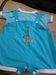Troco roupinhas de bebe menino por roupinhas de menina ou fraldas