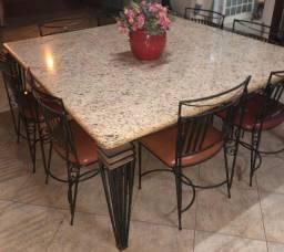 Mesa em granito c/ 8 cadeiras à venda
