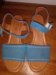 Sapato plataforma seminovo, marca: Renata Melo, N: 35 e 36, Valor: ( 30,00)