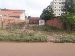 Casas, terrenos, apartamentos entre outros, pelos melhores preços.