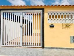 Casa com 2 Quartos em  Paracambi
