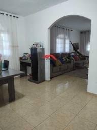 Casa de 2 quartos em Unamar - Rua Belles Cardoso