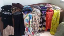 720 peças de roupas e acessorios para brecho