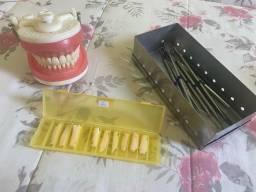 Vendo matérias odontológicos