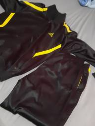 Vendo conjunto adidas (jaqueta e calça ) tamanho 16 (semi novo )
