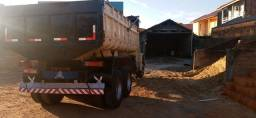Caminhão 1618 cacamba