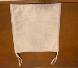 Almofada para assento de cadeira com amarração
