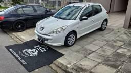 Peugeot 207 XR 1.4 Flex 2013