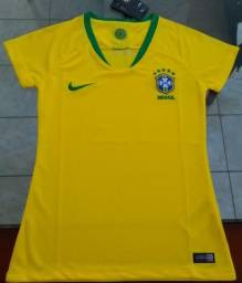 Camisa Nike Brasil feminina M