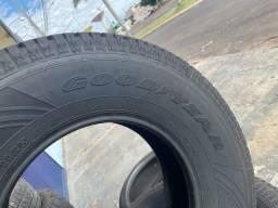 Vendo pneus de camionete 265 / 70 / 16 GOOD?YEAR