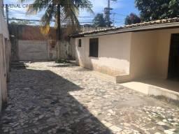 Título do anúncio: Alugo casa térrea e solta em Itapuã, 3/4 com 1 suíte, R$ 2.500,00!