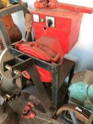 Gerador de 30 kVA para trator