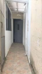 Casa com 1 dormitório para alugar, 50 m² por R$ 700/mês - Vila Curuçá - Santo André/SP