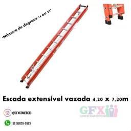 Escada extensível vazada 4,20x7,20m
