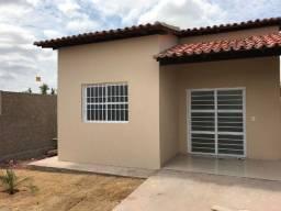 Casa na planta - 2 quartos e 2 banheiros - Prox. a Faete