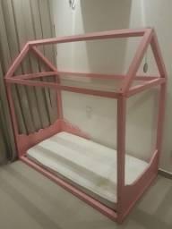 Cama Casinha rosa Montessori