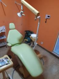 Título do anúncio: Cadeira odontólogica MZ com compressor stello revisada tudo funcionando.