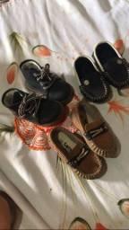 Sapatos 3 por 100$