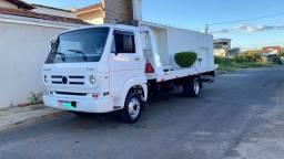 Vendo caminhão guincho 8-150 delivery
