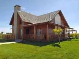 Título do anúncio: Haras Residence: Linda Casa com 3 dormitórios à Venda, 250 m² por R$ 850.000 Vitória da Co