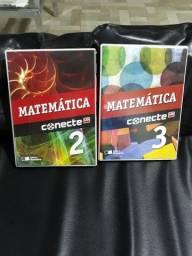 Livros de Matemática do segundo e terceiro ano do ensino médio.