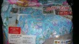 Kit Cobre Leito Queem 180 Fios com 2 Travesseiros e 2 Capa 70 cm por 50 cm