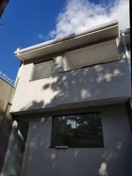 Casa Duplex 03 Quartos Com Suíte e Varanda no Bairro Itapoã!