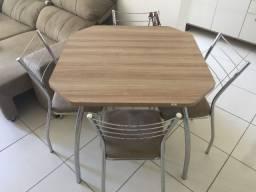 Vende-se Mesa Carraro 4 lugares com 4 cadeiras INOX