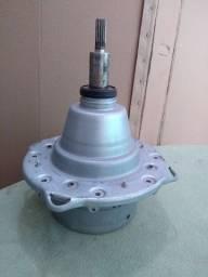 Motor PVM-E400 da lavadora Electrolux, com a transmissão