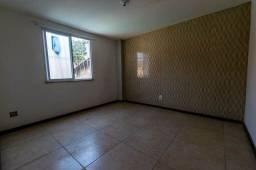 Casa com 2 dormitórios para alugar, 40 m² por R$ 800/mês - Tijuca - Teresópolis/RJ